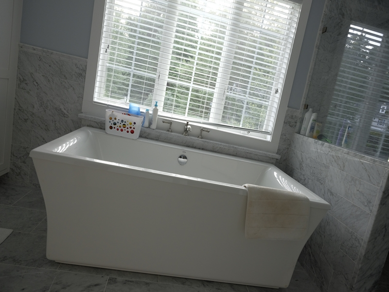 Bathtub | Top Notch General Contracting