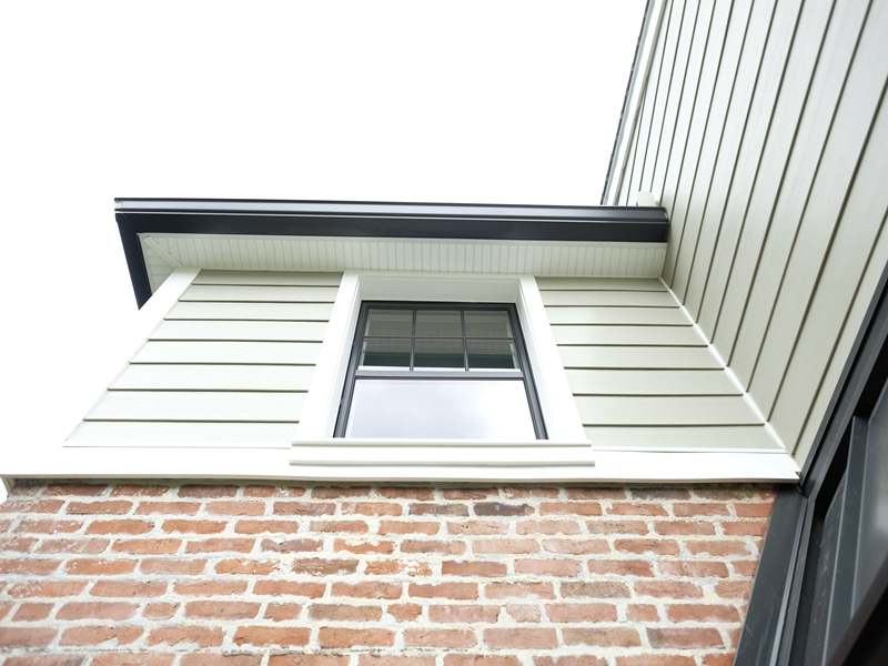 Brick and Vinyl Siding | Top Notch General Contracting