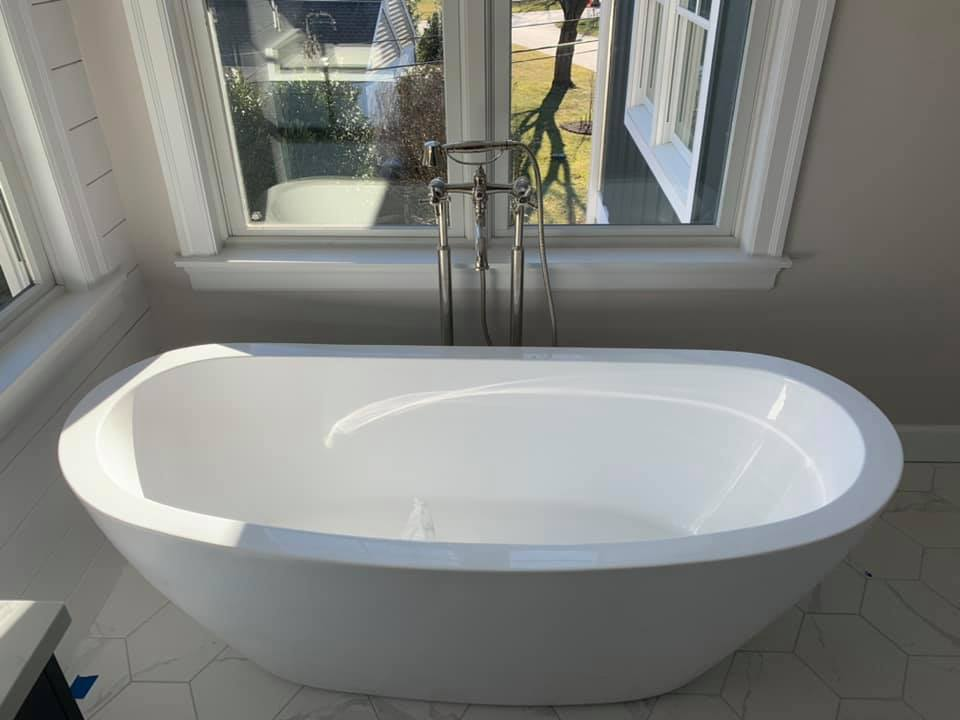 sit in tub bathroom renovation | Top Notch General Contracting